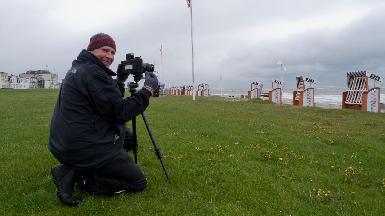10:55. Norderney Kaiserwiesen. Bei Windstärke 8 und gefühlten 5 Grad minus habe ich versucht mit Fäustlingen den klimatischen Bedingungen an diesem Tag zu trotzen. Deff Westerkamp