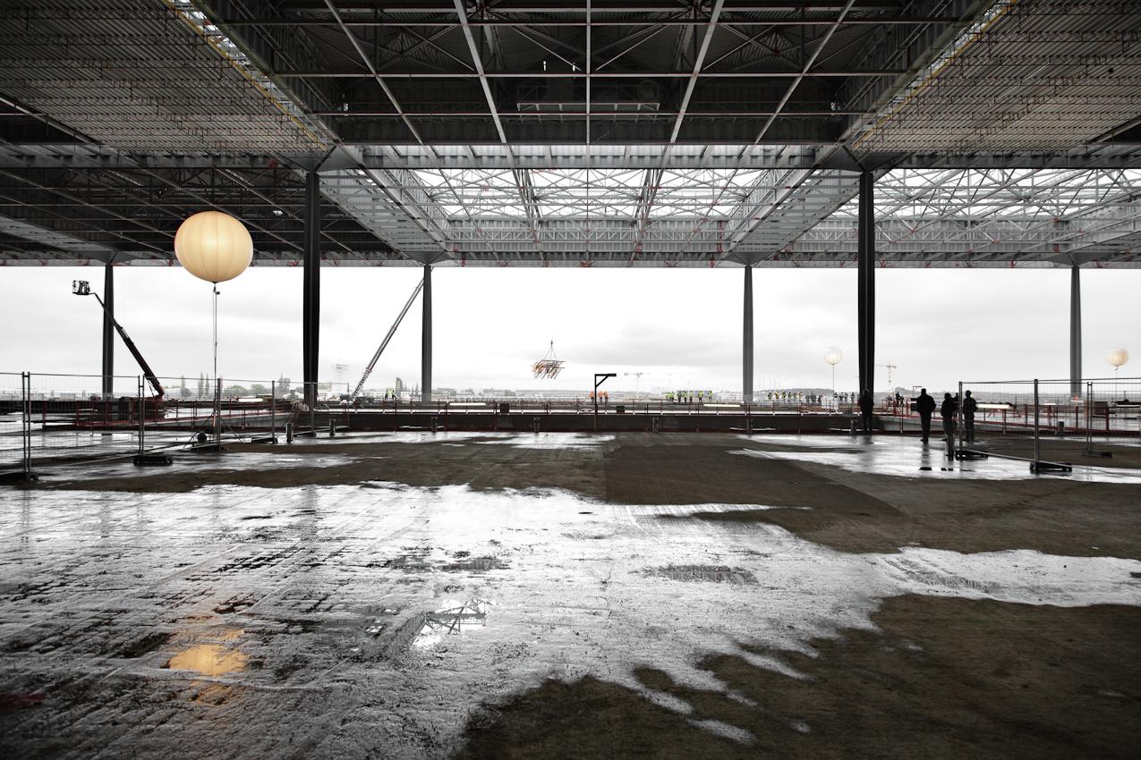 7 Mai 2010, Richtfest Flughafen Berlin Brandenburg International in Schoenefeld. Das neue Terminalgebaeude.