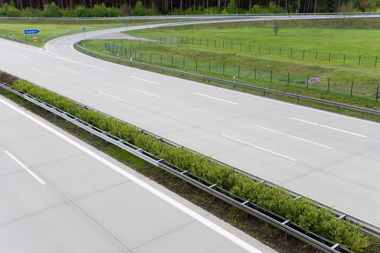 Autobahnausfahrt Lehnin/Brandenburg.