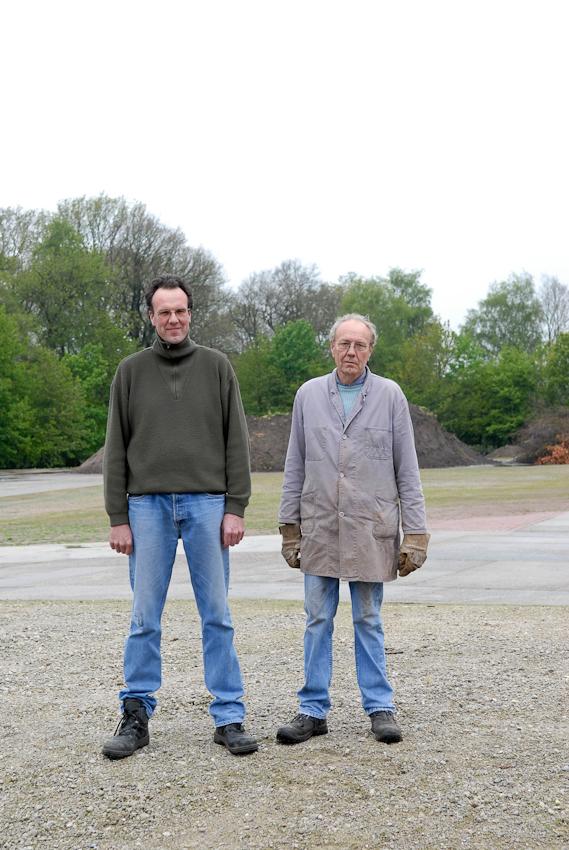 Markus und Bernd auf ihrem Bauernhof in meiner Nachbarschaft in Tegelrieden. Mittlerweile ohne Tiere und der Hof ist auch schon verkauft.