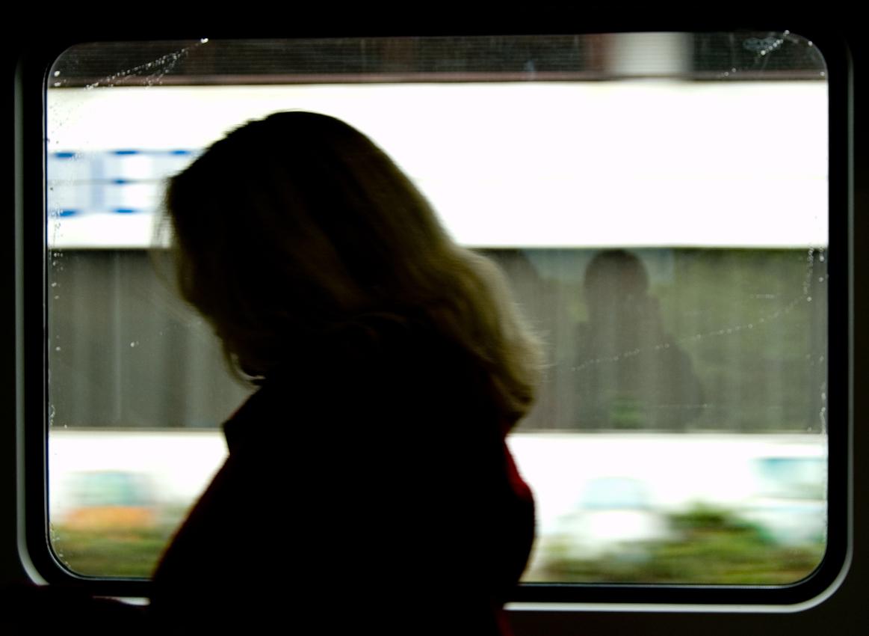 Blick aus dem Zugfenster um 14.04 Uhr. Ein Fahrgast in Dortmund.