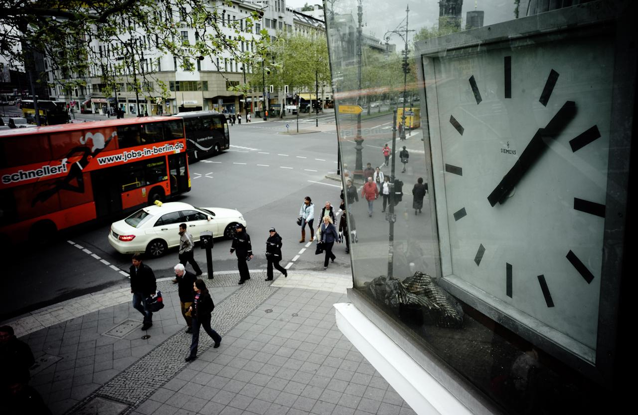 Blick von der Verkehrskanzel Joachimsthaler Straße Ecke Ku'damm