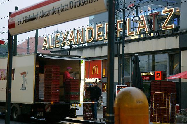 Berlin Alexanderplatz 1